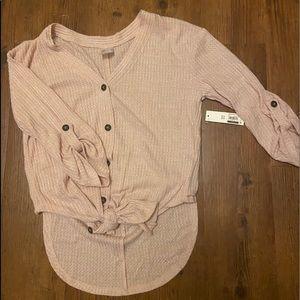 Women's light pink sweater